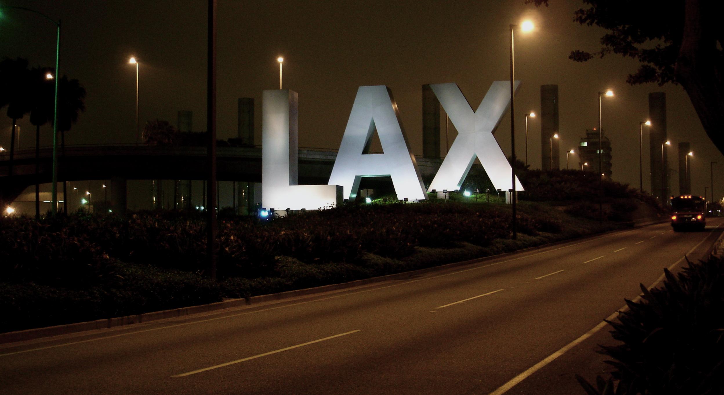 Lax_sign